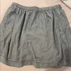 Gap gray skirt with pockets